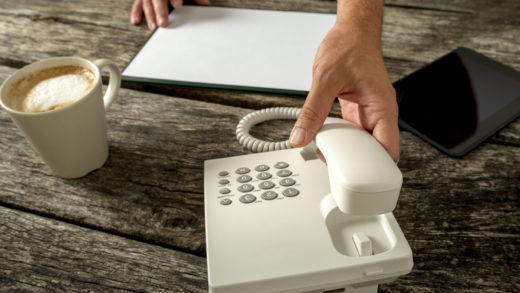 5 Reasons Why You Should Start A Pay Per Call Line Business Today